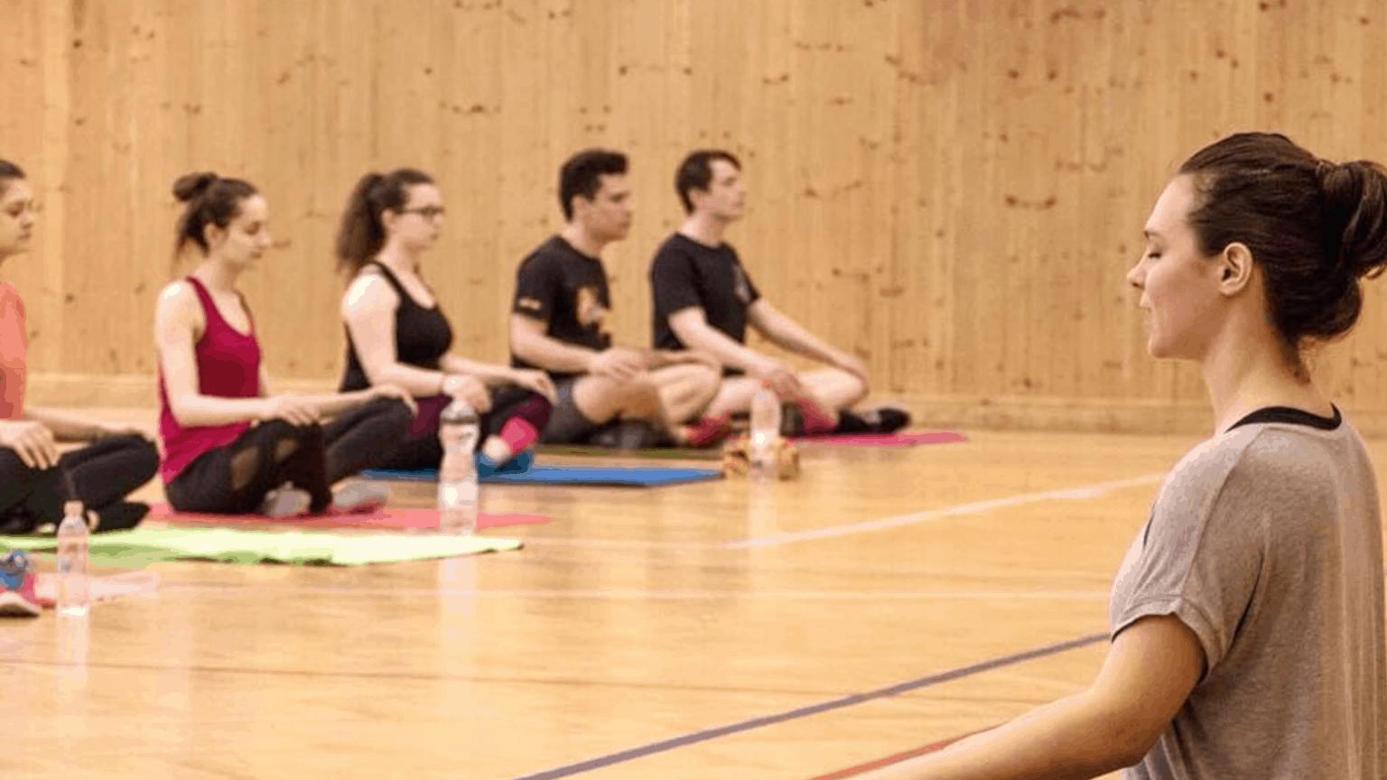 Csoportos jóga